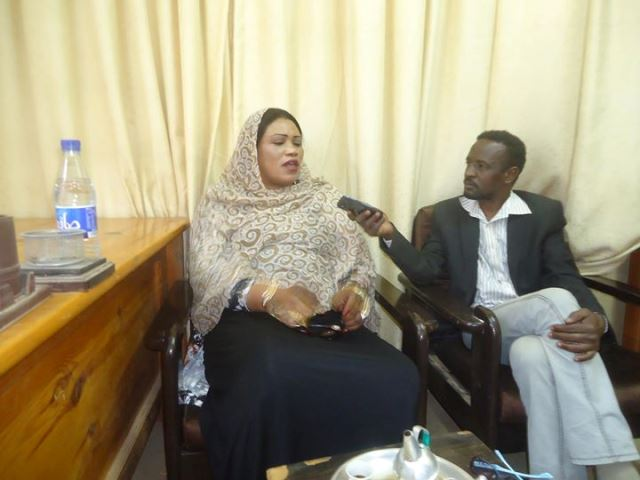 إنصاف مدني :علي شيكات بأكثر من 7 مليار جنيه وأوامر القبض تطاردني في كل مكان
