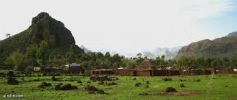 والي وسط دارفور يعد بفتح الطرق في جبل مرة