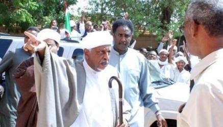 (الإتحادي الأصل) ينفي ترشيح الميرغني للبشير لفترة رئاسية جديدة