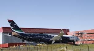 السودان يُعيد طائرة رئاسية لليبيا بعد صيانتها