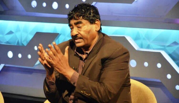 """وزير الصناعة ابراهيم الشيخ يكتب عن مذبحة اليوم """"من اطلق الرصاص؟"""""""