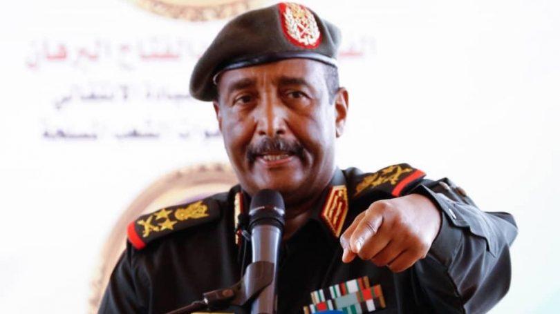 توتر بين شركاء الحكم في السودان..توعد بتطهير الجيش السوداني من «الإخوان والحزبيين»