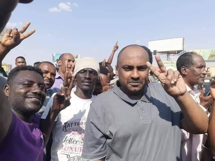 محمد الفكي: الجيش السوداني يريد تولي السلطة دون انقلاب