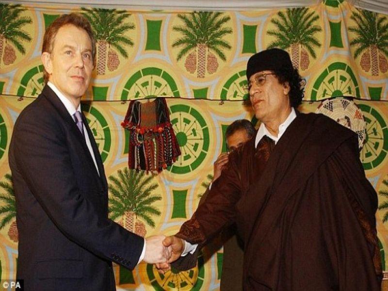 ماذا قال توني بلير للقذافي قبل وفاته