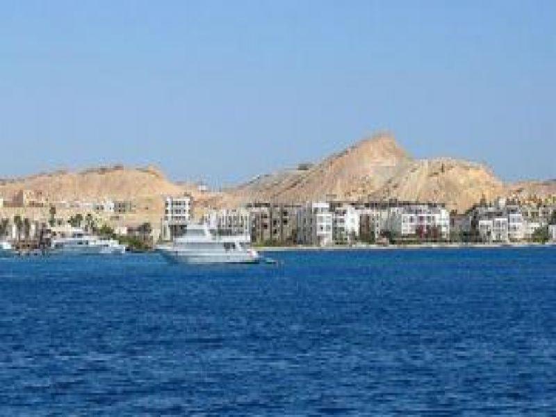 أزمة في تشريعي الولاية البحر الأحمر بسبب التصديق للجرافات المصرية