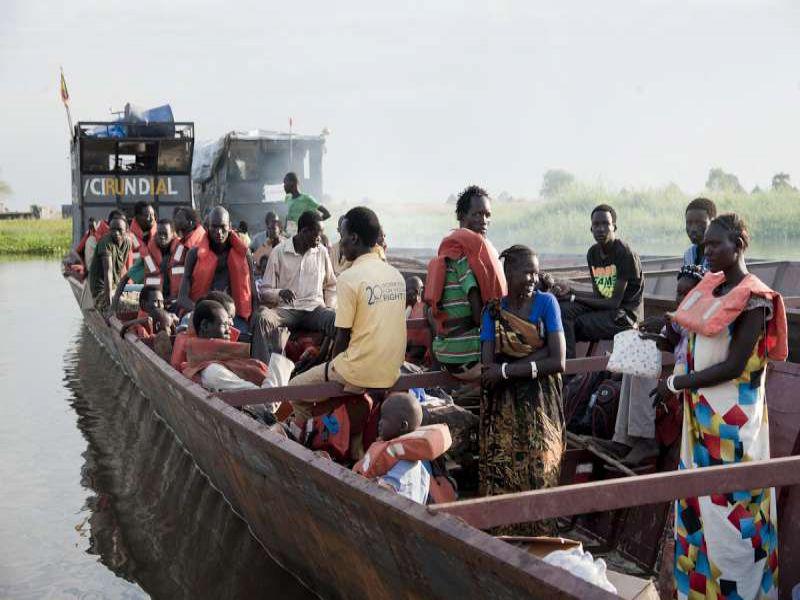 سوق العمل السوداني تأثر باللاجئين الجنوبيين والسوريين