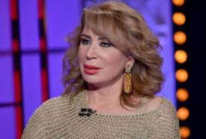 إيناس الدغيدي تطالب بترخيص بيوت الدعارة في مصر