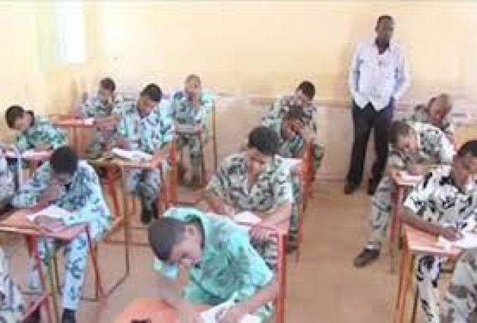 وزارة التربية السودانية : (العدد المحتجز) 117 طالباً أردنياً ومصرياً للغش في الإمتحانات