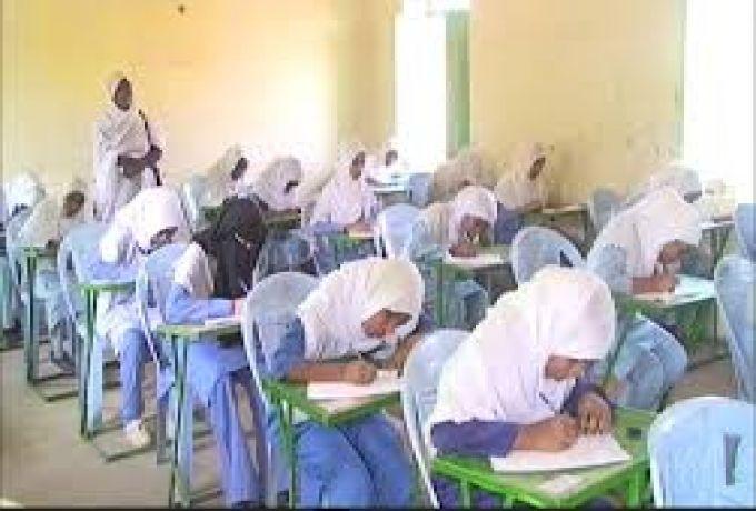 الكشف عن شبكة عربية لتسريب إمتحانات الشهادة السودانية