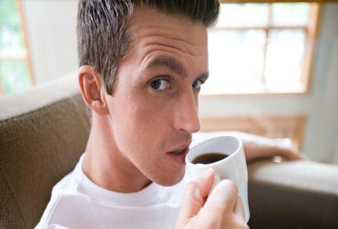"""حتى الرجال عليهم التقليل من القهوة قبل """"الحمل""""!"""