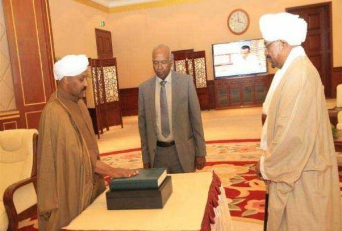 عبد الباقي الظافر يكتب :عربات السيد الحسن ..!