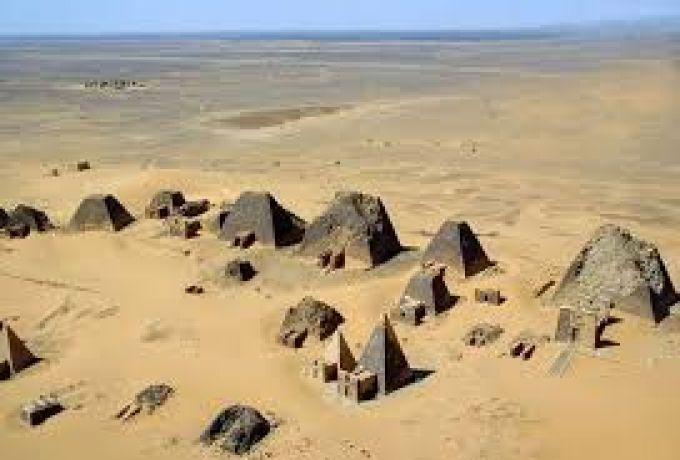 الرمال بشمال السودان تبتلع قري كاملة !