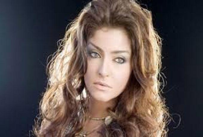 ممثلة مصرية تعترف بإدمانها ..!