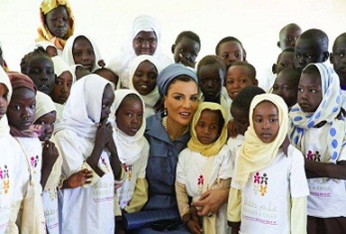 مؤسسة الشيخة موزا ألحقت 600 ألف طفل بالتعليم