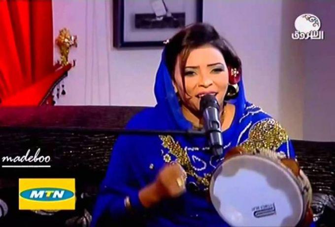 ميادة قمر الدين تتهم مطربة بإبعادها من برنامج رمضاني