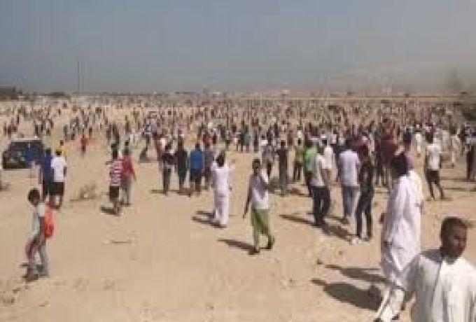 آلاف الكويتيين يطاردون كنزاً في الصحراء