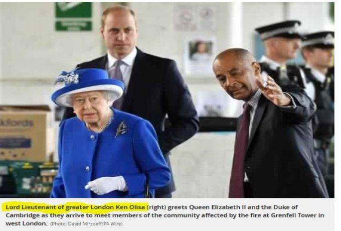 موقف حرج لوزير الإتصالات مع صورة ملكة بريطانيا