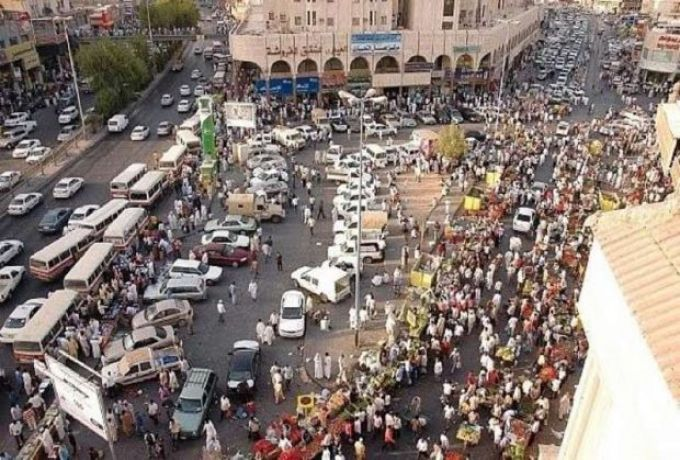 السعودية ..نصف مليون مخالف يغادر ، ومطاردات للنصف الآخر