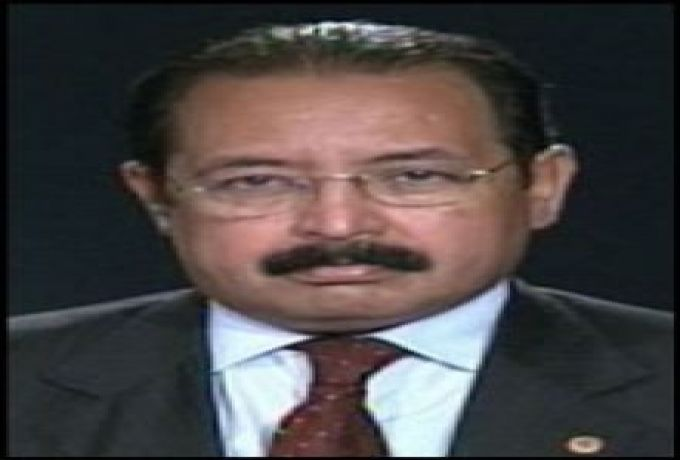 خبير مصري : النظام السوداني يتخذ من حلايب شماعة لتهييج السودانيين