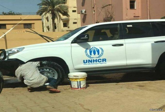 صورة طفل يغسل سيارة للأمم المتحدة يشعل مواقع التواصل