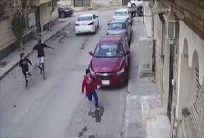 السعودية .. تفاصيل قصة حامل الساطور مع طفلي الرياض