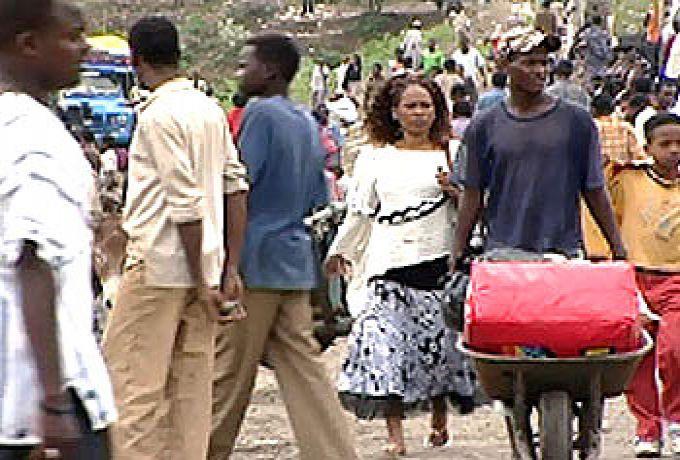 معبر القلابات يشهد أكبر هجرة عكسية للإثيوبيين هرباً من الغلاء بالسودان