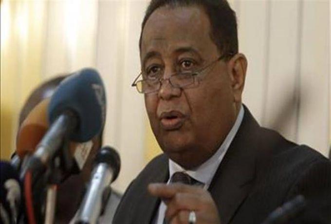 مؤتمر لسفراء السودان بالخرطوم  والإقامة علي نفقتهم
