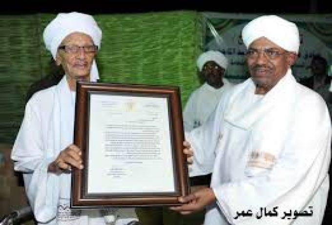 وفاة زعيم الاسلاميين الشيخ صادق عبد الله عبد الماجد