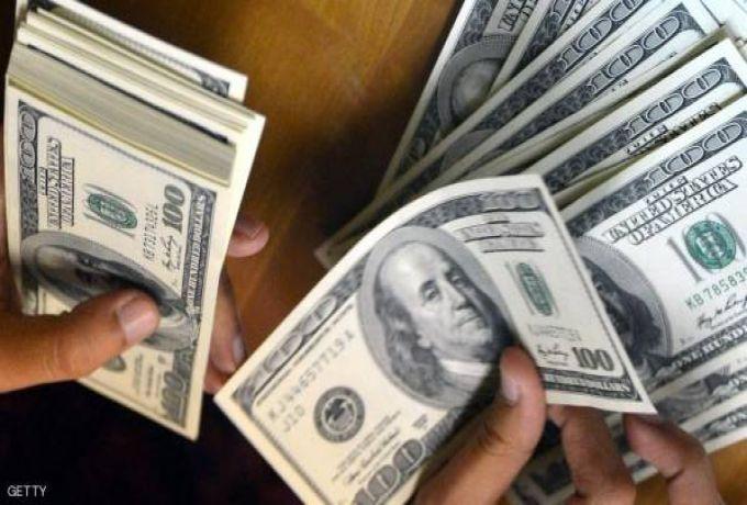 إستمرار إرتفاع الدولار مقابل الجنيه في نهاية الاسبوع