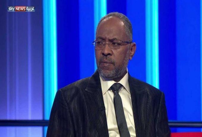 ربيع عبد العاطي : هنالك احزاب سياسية عضويتها 3 أشخاص