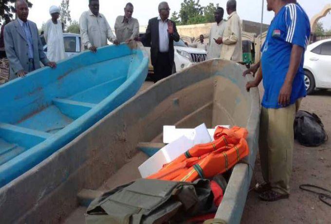 أهالي البحيرة يرفضون استخدام قوارب جلبتها الحكومة