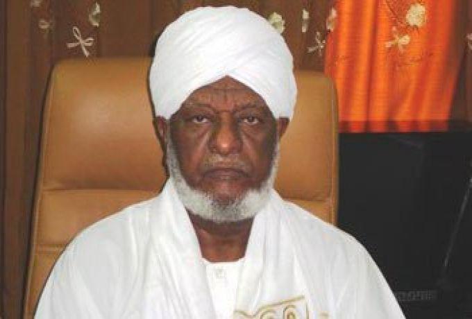 رئيس هيئة علماء السودان يكشف تعرض شاب للتحرش من إمرأة