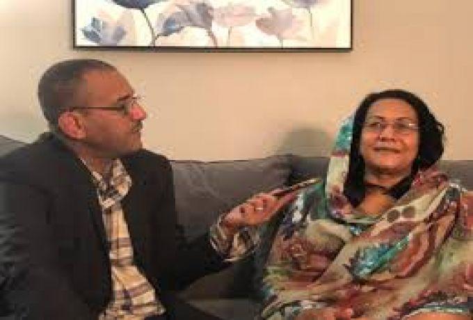 """""""بثينة"""" مصطفي سيد احمد تروي قصة زواجهما ورحلته الفنية والمرضية"""