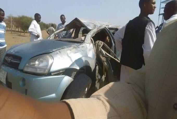 مصرع 4 أشخاص من أسرة واحدة بحادث مروري