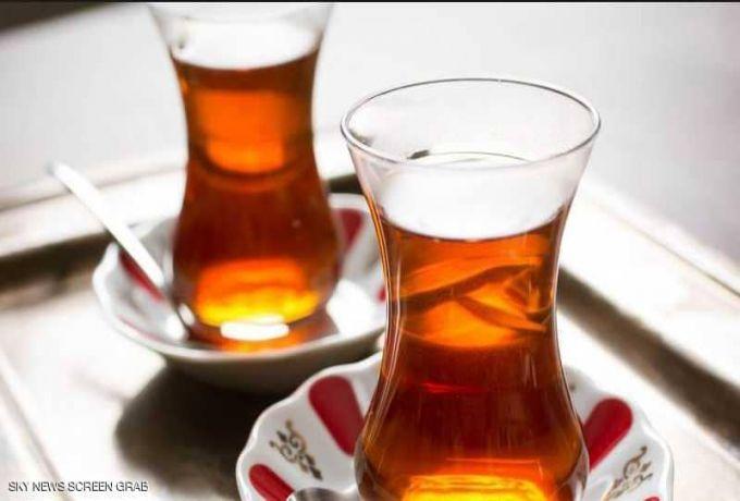تحذير من تناول الشاي مباشرة بعد الوجبات،ماذا يفعل بنا؟