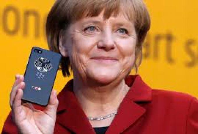 """المستشارة الألمانية تقارن بين """"البرلمانين"""" السوداني والألماني"""