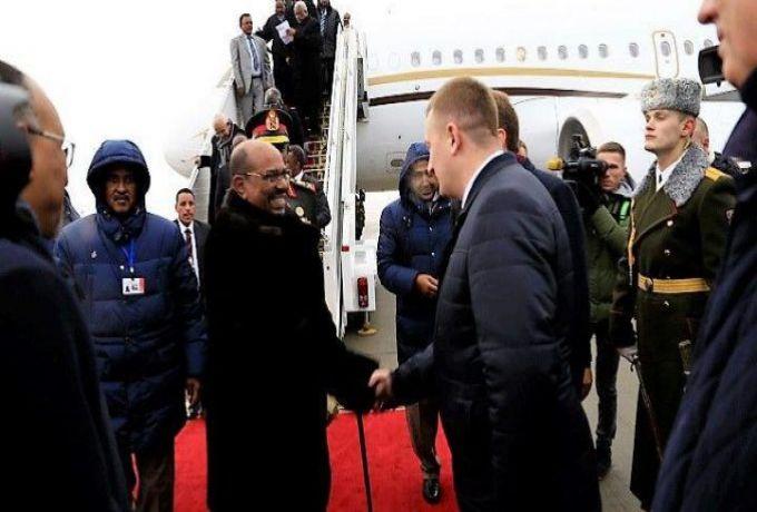 البشير يبحث مع رئيس بيلاروسيا سبل دعم العلاقات وتطويرها