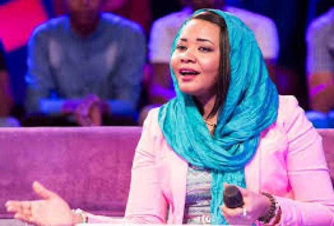 غياب مكارم بشير عن احتفال يثير البلبلة