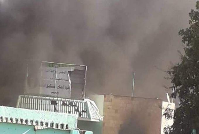 اتساع نطاق التظاهرات بأحياء الخرطوم ،وحرق مقر الوطني بربك