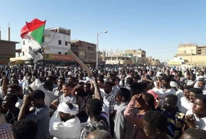 موقع سعودي : السودان آخر ضحايا الإعلام القطري بدعم التظاهرات