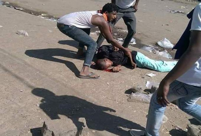 الجزيرة : سقوط ضحايا في تظاهرات الاثنين بالخرطوم والبشير يصف الأحوال بالعابرة