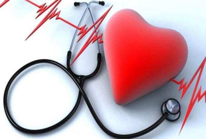5 أخطار تواجه القلب بعد سن الخمسين