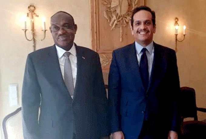 الدرديري يبحث مع وزير خارجية قطر النهوض بالعلاقات بمختلف المجالات