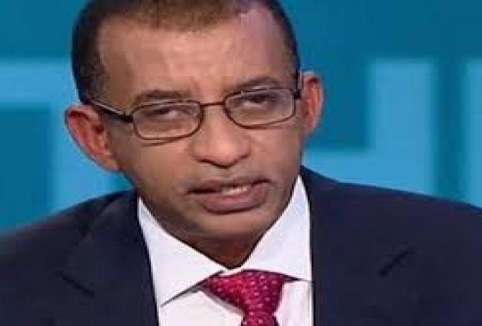 السلطات الأمنية تطلق سراح عمر الدقير