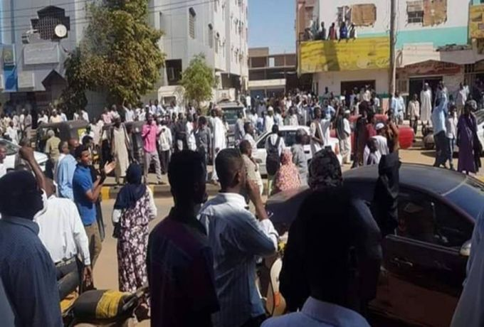 اعتقال عشرات المتظاهرين بأم درمان