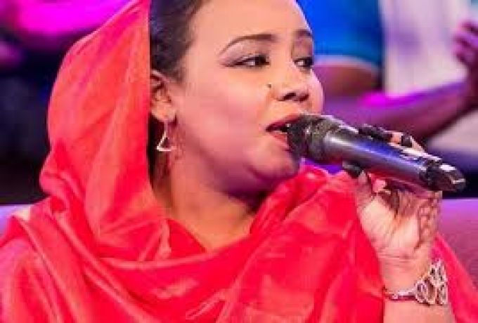 هدي عربي تلحق ببروفات أغاني وأغاني بعد عملية جراحية