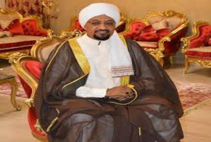 الشيخ الامين يكشف بمقطع فيديو سبب اعتقاله بالامارات