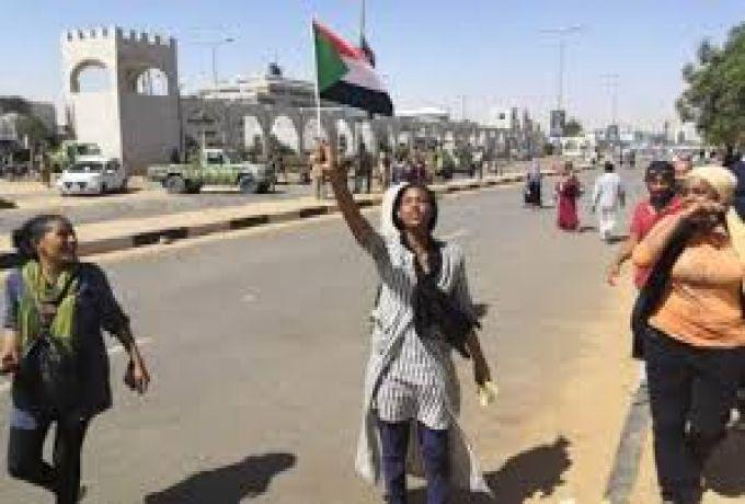 تفاصيل يوم استثنائي في تاريخ السودانيين
