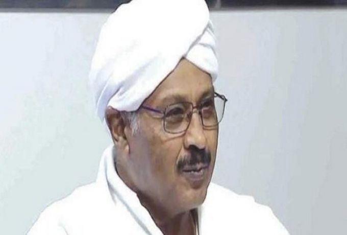 مبارك الفاضل يطالب بالتحفظ علي الأموال المنهوبة