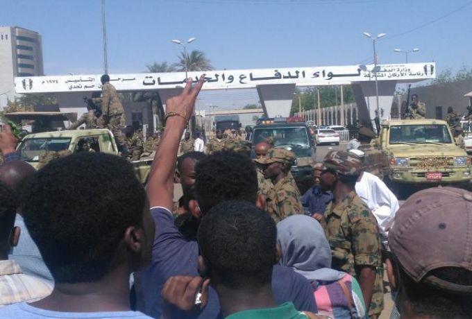 القوات المسلحة : الجندي قاتل السيدة كان مخموراً